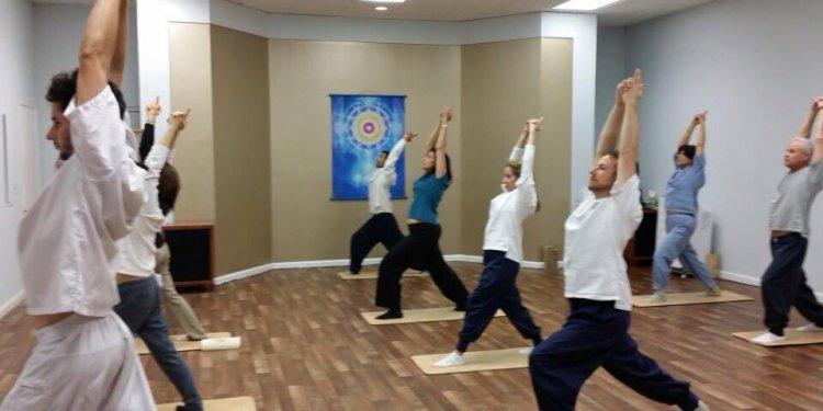 BODY & BRAIN Yoga Tai Chi - 15