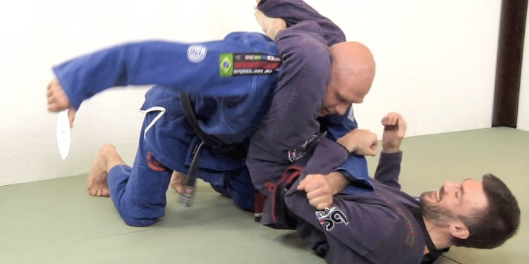 A Triangle Choke Escape that