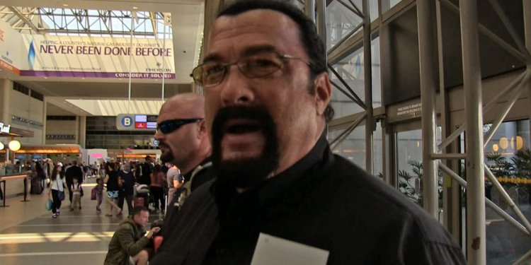 Steven Seagal Russian Fight